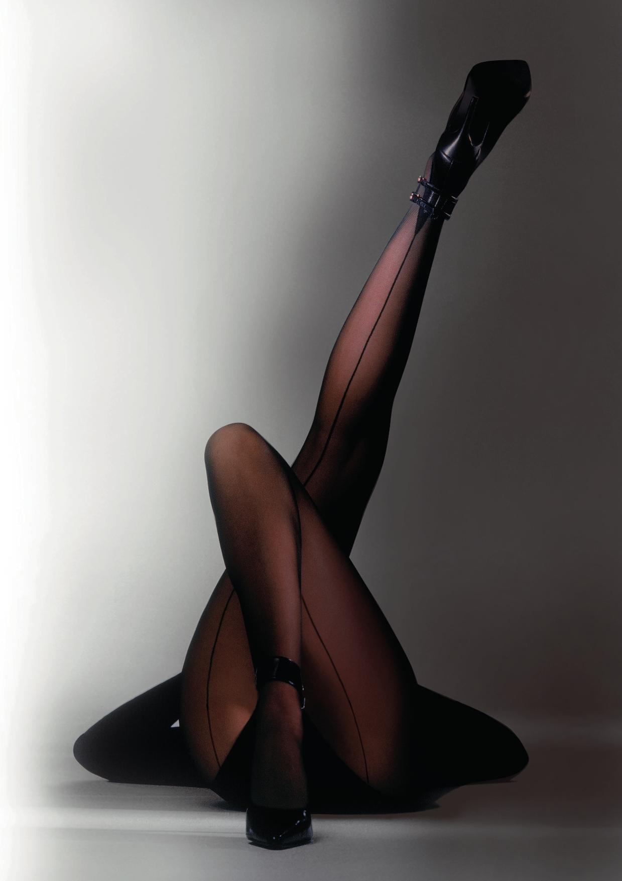 Фото женских ножек в капронках 24 фотография