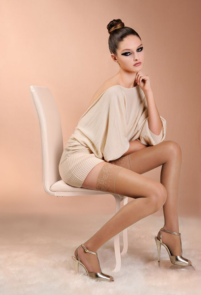 Laura Biagiotti Woman 40 Hold Ups 40 Denier Thickness, Calze Collant | Pantyhose Library