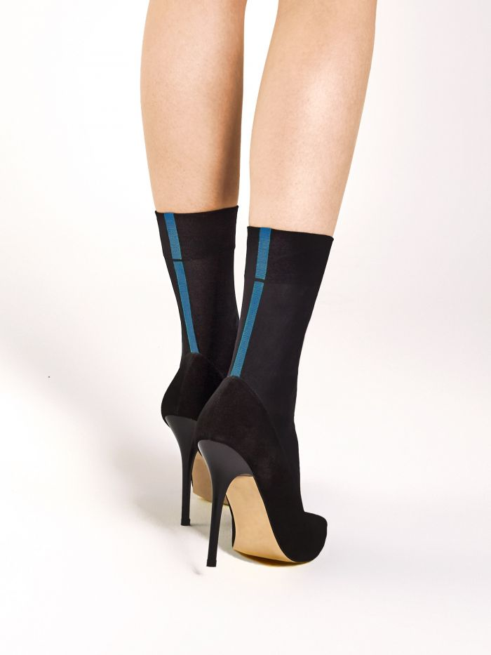 Fiore Metro_blue  Julia Product Images | Pantyhose Library