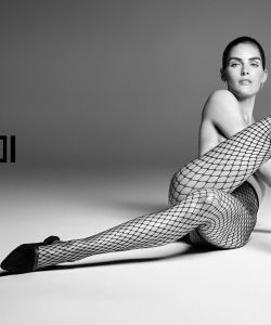 hilary-rhoda-features-in-wolfords-spring-summer-2018-ad-campaign_2
